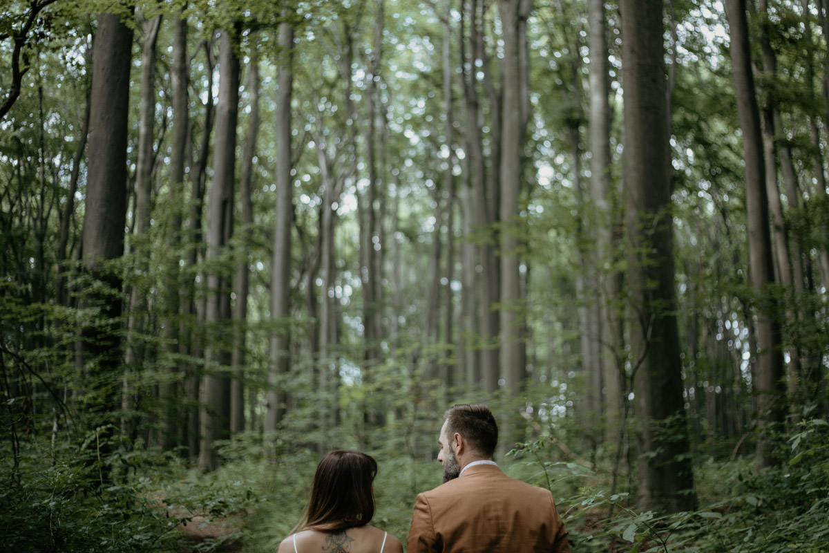 Sesja-narzeczenska-w-lesie-boho-plener-plener-slubny 11